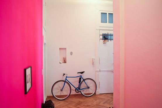 Le mur bleu vert suite et fin a blog pourpoint - Peinture murale rose fluo ...